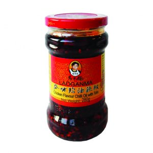 Laoganma Kip smaak chili olie met tofu (老乾媽 風味鸡油辣椒)