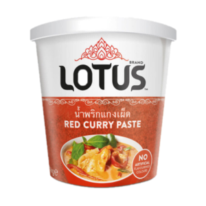 Lotus Rode curry pasta