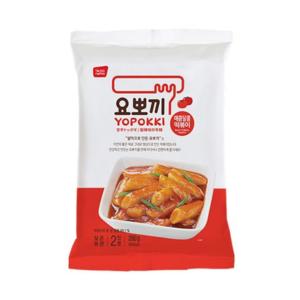 Topokki rijstcake reepjes met pikante saus