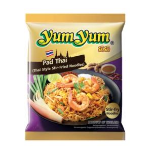 Yum Yum Noedel-roerbakgerecht op Thaise wijze (pad thai)